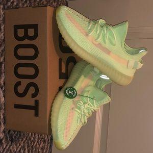Yeezy 350 Glow